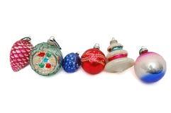 Gruppe von sechs Weihnachtsverzierungen Lizenzfreie Stockbilder