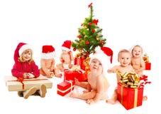 Gruppe Weihnachtskinder Stockbild