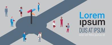 Gruppen av affärsfolk runt om riktning undertecknar över bakgrund med isometriskt kopieringsutrymme vektor illustrationer