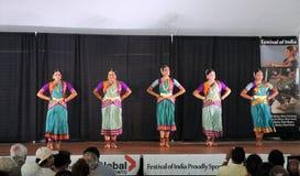 Gruppen av dansare Arkivbild