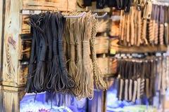 Gruppen av fiske ropes och knyter och kretsar Arkivbild