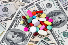 gruppen costs tablets för dollarhälsoanmärkningar arkivbild