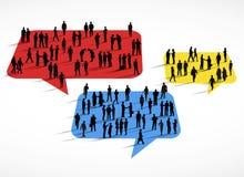 Gruppen Geschäftsleute, die auf Sprache-Blasen-Konzept stehen Lizenzfreies Stockbild