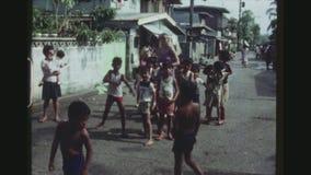 Gruppen Kinderaufstellung stock footage