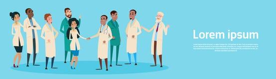 Gruppen-Mitteldoktoren Team Clinic Banner Stockbilder