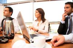 Gruppen-Sitzung Stockfotos