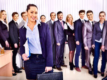 Gruppengeschäftsleute im Büro. Stockbild