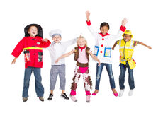 Gruppenkindspringen Stockbild