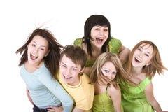 Gruppo allegro di giovani. Immagini Stock