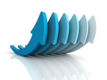 Gruppo blu crescente delle frecce sulla riflessione bianca Affare di successo Fotografia Stock