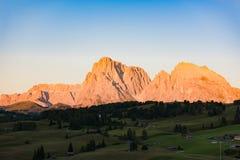 Gruppo con incandescenza alpina, dolomia, Italia del Nord di Langkofel Immagini Stock Libere da Diritti