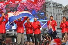 Gruppo croato di tennis sulla celebrazione domestica benvenuta fotografia stock libera da diritti