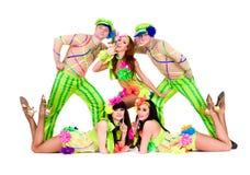 Uso del gruppo del ballerino costumi ucraini pieghi Fotografia Stock Libera da Diritti