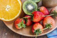 Gruppo della frutta e della fragola di vitamina per salute, frutta saporita Fotografia Stock Libera da Diritti