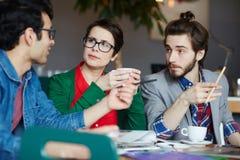 Gruppo della gente creativa che lavora nella riunione Fotografia Stock Libera da Diritti