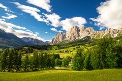 Gruppo della montagna di Cristallo vicino a Cortina d'Ampezzo, dolomia, Italia Fotografia Stock