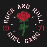 Gruppo della ragazza di rock-and-roll - la tipografia di lerciume per la maglietta, donne copre Adatti la stampa per abito con ro Fotografia Stock