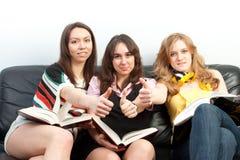 Gruppo di allievi con i libri Fotografia Stock Libera da Diritti