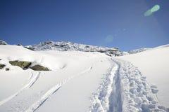 Alpinismo nell'inverno Fotografia Stock