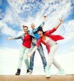 Gruppo di ballare degli adolescenti Fotografia Stock Libera da Diritti