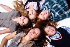 Gruppo di bambini svegli e felici fotografia stock