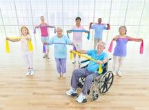 Gruppo di gente in buona salute nella forma fisica Fotografia Stock