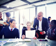 Gruppo di gente di affari che esprime positività Fotografie Stock Libere da Diritti