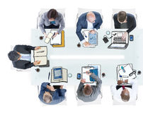Gruppo di gente di affari che incontra foto ed illustrazione Fotografia Stock Libera da Diritti