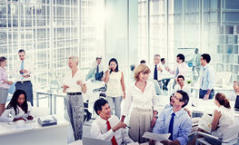 Gruppo di gente di affari che si incontra nell'ufficio Fotografia Stock Libera da Diritti