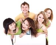 Gruppo di giovani felici con la bandiera. Fotografia Stock Libera da Diritti