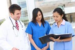 Gruppo di medici attraente Fotografie Stock