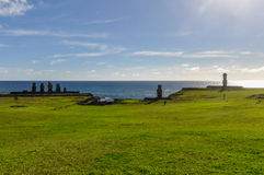 Gruppo di Moai in Ahu Tahai, isola di pasqua, Cile Immagini Stock Libere da Diritti