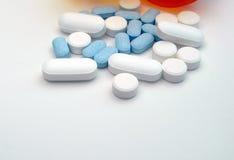 Gruppo di pillole assorted Fotografie Stock Libere da Diritti