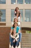 Gruppo di ragazze di istituto universitario fotografia stock libera da diritti