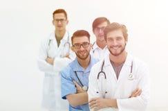 Gruppo di riusciti medici Isolato su bianco Fotografie Stock Libere da Diritti