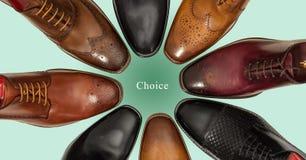 Gruppo di scarpe degli uomini Immagine Stock