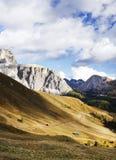 Gruppo di Sella - il plateau ha modellato il massiccio nelle montagne delle dolomia dell'Italia del Nord Fotografie Stock Libere da Diritti