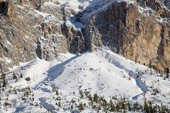Gruppo di Sella nelle montagne della dolomia nell'inverno Fotografie Stock