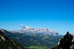 Gruppo di Sella in una mattina soleggiata di estate, Dolomiti Fotografia Stock