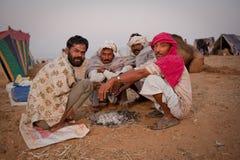 Gruppo di uomini di rajasthani alla mattina Fotografie Stock Libere da Diritti
