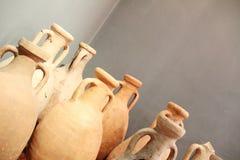 Gruppo di vasi antichi ristabiliti Fotografia Stock Libera da Diritti
