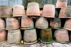 Gruppo di vasi vuoti di terracotta Immagine Stock Libera da Diritti