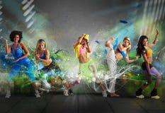 Gruppo moderno del ballerino Immagini Stock