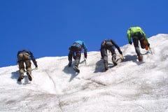 Gruppo rampicante del ghiaccio Fotografie Stock Libere da Diritti
