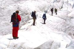 Gruppo rampicante del ghiaccio Fotografia Stock