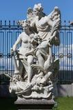 Gruppo scultoreo nel giardino di estate in San Pietroburgo Fotografia Stock Libera da Diritti