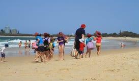 Grupputfärd, australier långt Fotografering för Bildbyråer