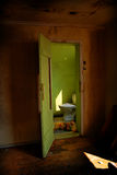 Gruselige Toilette Stockfoto