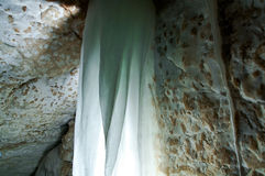 Gruta de la cueva de Golubinskaya Foto de archivo