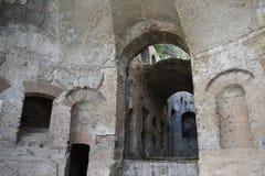 Gruta en el canal de Canopus en el chalet de Hadrian, Tivoli, Italia, Novem Foto de archivo libre de regalías